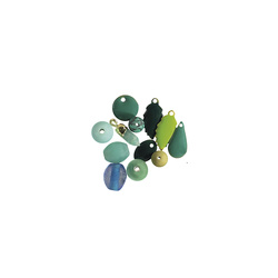 Pendant pearl 7-15mm green mix 12pcs
