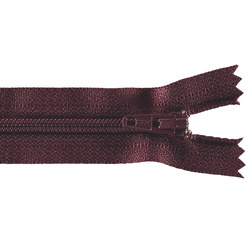 YKK zip 4mm coil closed end bordeaux