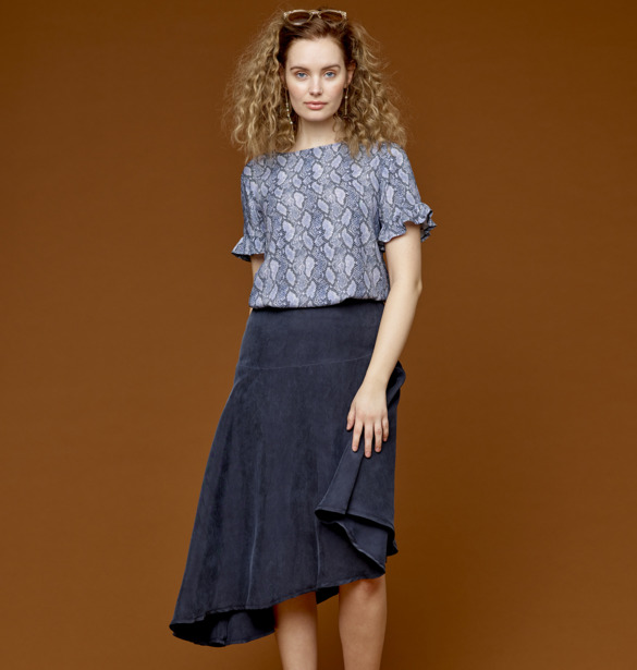 Blouse with flounce and a asymmetric skirt