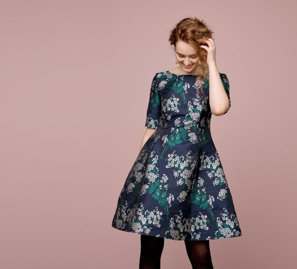 Dress in navy jacquard