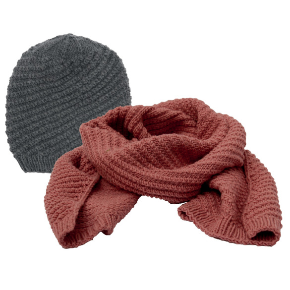 Sing along hat and scarf