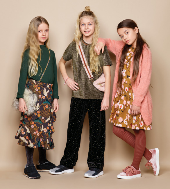 Party outfits in golden hues
