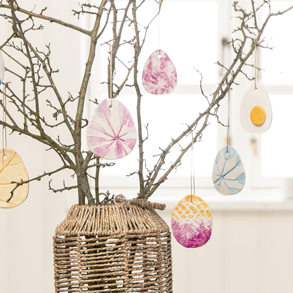 Doodle clay easter decorations