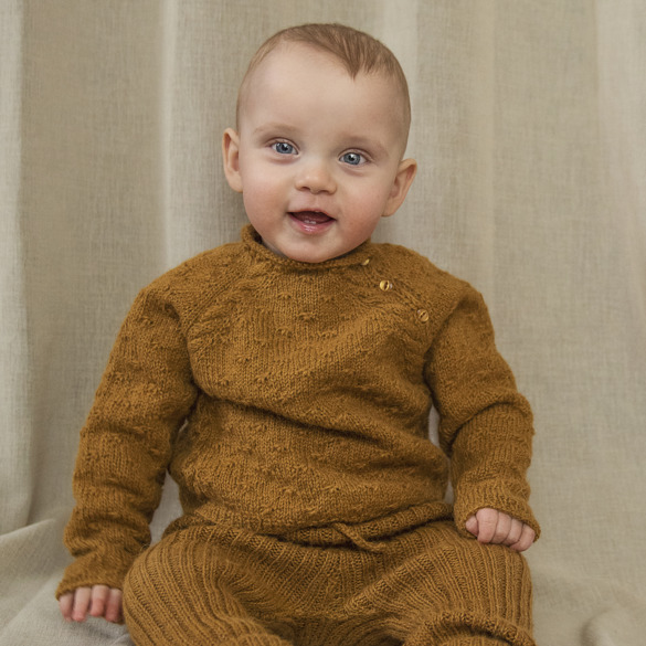 Soft cuddles baby sweater (Woolly)